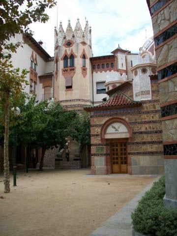media/items/medium/50c85-5--Rectoria-i-Escoles-parroquials.jpg