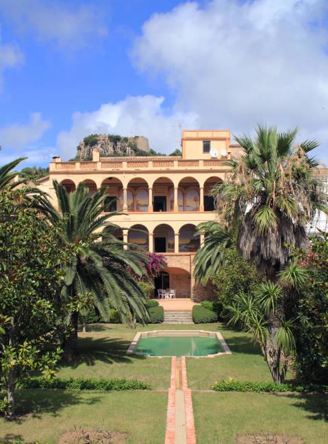 media/items/medium/8b30a-Casa-Pere-Roger.JPG