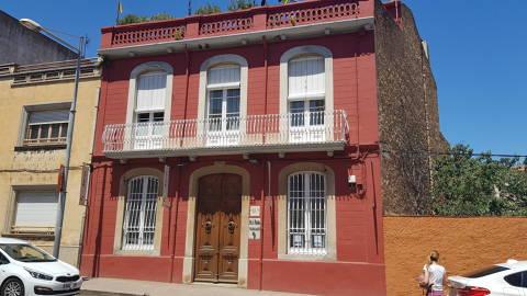 media/items/medium/e6d07-3.-Casa-Josep-Pla2.jpg