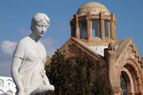 media/items/medium/f3209-13-Panteons-Cementiri_canet.JPG